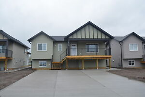 NICE NEW MODERN 2 BED 1 BATH DOWNSUITE