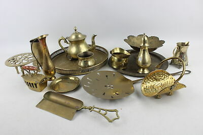 15 x Vintage Assorted BRASS Kitchenalia Inc. Tea Set, Iron, Dustpan Etc (5309g)
