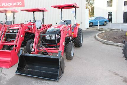 MAHINDRA 1538 HYDROSTATIC 4WD inc LOADER & 4in1 BUCKET Valley View Salisbury Area Preview