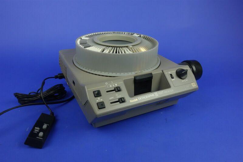 Kodak EKTAGraphic III AMT 35mm Professional Slide Projector 100-150mm lens