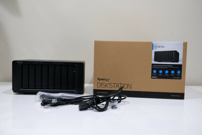 Synology 8 Bay NAS Diskstation (Diskless) (DS1819+) Mint condition