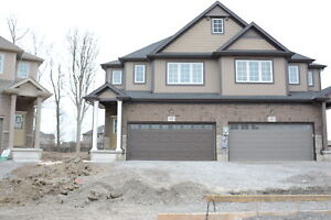 6 BEDROOM HOME  FOR BROCK STUDENTS - MINUTES FROM BROCK -THOROLD