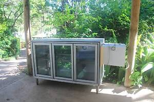 refrigerated glass display cabinet Belli Park Noosa Area Preview