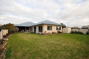 Private Rental - 4bed 2bath in highfields Toowoomba Toowoomba City Preview