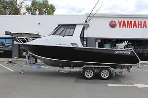 NEW! SURTEES 700 GAME FISHER + YAMAHA 200HP FOUR STROKE! Boondall Brisbane North East Preview