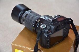 Nikon D90 DSLR with Nikkor ED AF 70-300 Lens