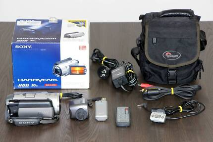 SONY DCR-SR100 Video Camera 10x optical zoom, bag & accessories St Albans Brimbank Area Preview