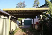 Free carport from LURNEA, pickup immediately. Lurnea Liverpool Area Preview