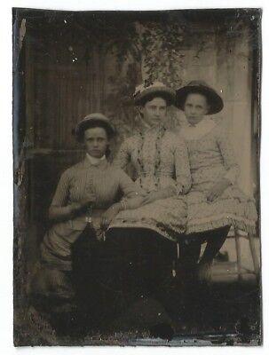 TINTYPE PORTRAIT in STUDIO-THREE YOUNG GIRLS-2 3/8 X 3 3/8-1880s-UNCASED-FASHION