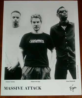 Massive Attack 8x10 B&W Press Photo Virgin Records 1998