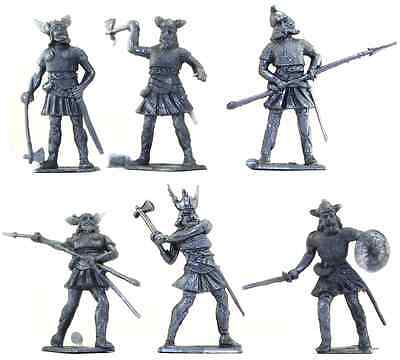 Cherilea Recasts - 6 Medieval Vikings in silver color - unpainted 60mm plastic