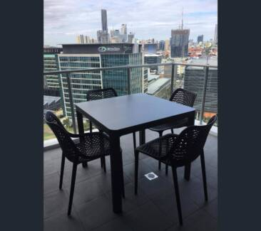 Brisbane, high floor, boutique buildg, fully furnished, CBD view!