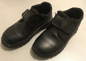 Boys Size 11 1/2 Dress shoes.