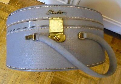 Vintage STARLINE Round Blue Luggage Train Case  Makeup Case