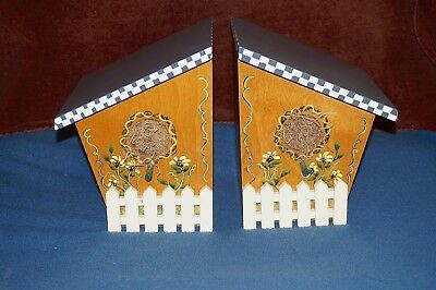 - Vtg Sturdy Wooden Bird House Book Ends Hand Crafted Removable Lid Inside Storage