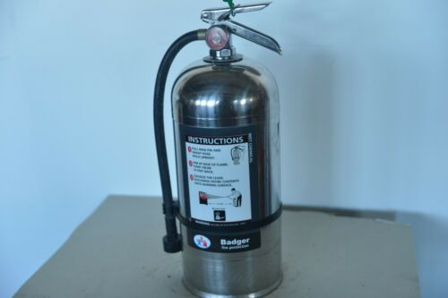 CLASS K FIRE EXTINGUISHER REFURBISHED IN VERY GOOD CONDITION FREE SHIPPING