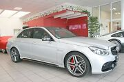 Mercedes-Benz E 63 AMG S 4-Matic Glasdach, NightVision, Kamera