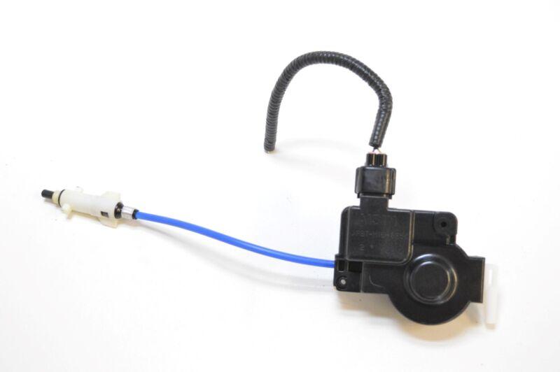 LEXUS IS220d 2007 RHD FUEL FILLER DOOR CAP LOCK ACTUATOR MOTOR PBT-M15+GF5
