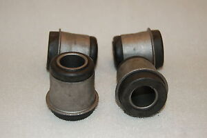 NEW-STUDEBAKER-AVANTI-UPPER-INNER-A-ARM-BUSHING-SET-1953-85-1553430