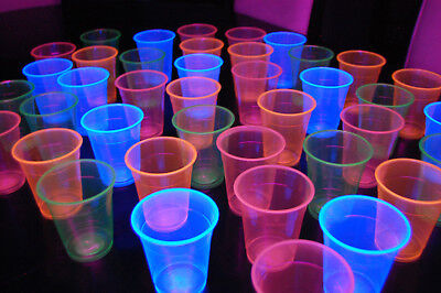 Neon Blacklight Reactive Soft Plastic 12oz Cups + FREE Blacklight Balloons