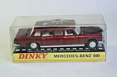 Dinky 128 Mercedes Benz 600 Reproduction Repro Painted Plastic Female Passenger