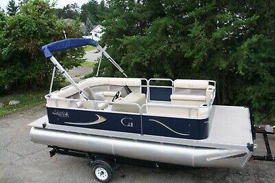 New 18 Ft cruise pontoon boat with carpet