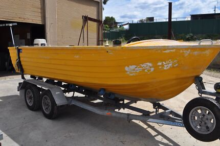 Clark 17ft Alloy Abalone Runabout