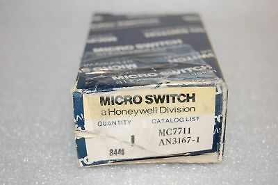 Honeywell Mc7711 Plunger Switch Assembly