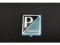 PIAGGIO HORNCASE BADGE PIAGGIO TITANIUM EFFECT