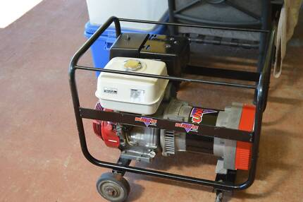 Generator dunlite gumtree australia free local classifieds generator dunlite 58 kva 11 hp honda cheapraybanclubmaster Gallery