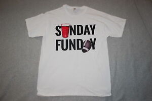 f036c446242d9 Mens S S White Tee Shirt SUNDAY FUNDAY Red Cup BEER   FOOTBALL Size L