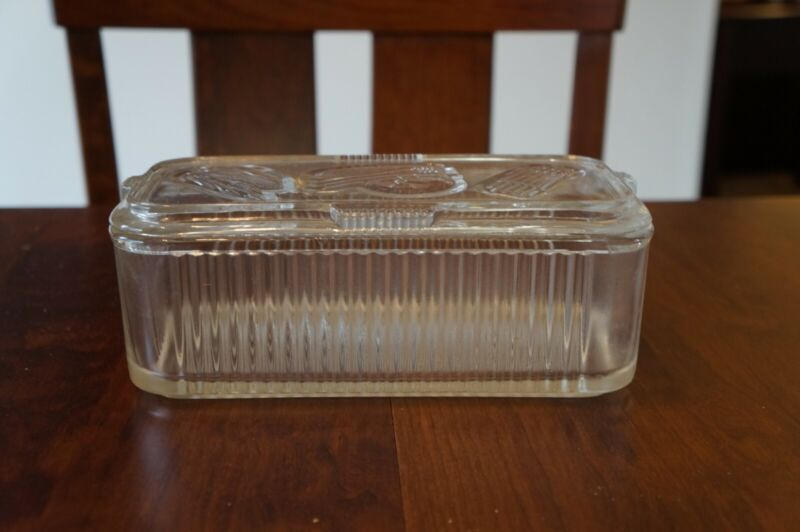 Vintage Federal Glass Refrigerator Box; 8.5 in wide