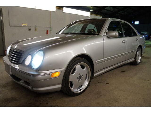 Image 1 of Mercedes-Benz: E-Class…