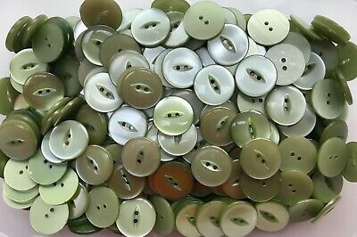 23mm 36L Apple Green Fish Eye Fisheye 2 Hole Pearlescent Buttons Button (Y99)