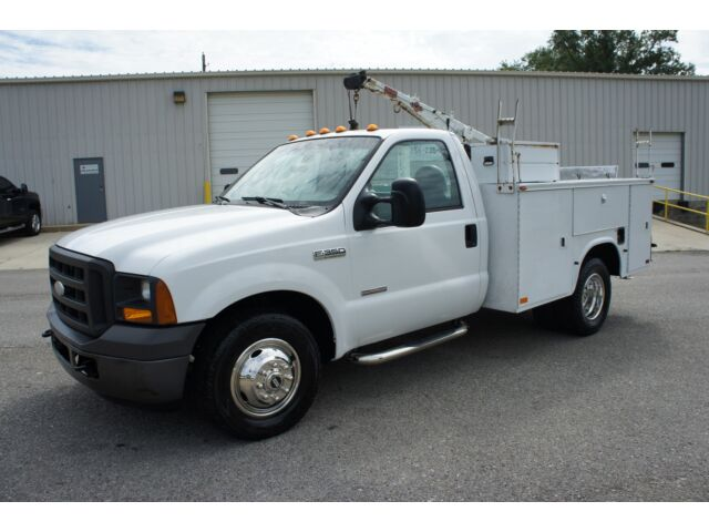 2005 FORD F-350 POWERSTROKE DIESEL (LIFTGATE) UTILITY BED *CRANE* NICE TRUCK!