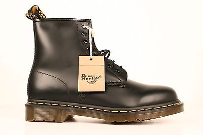 Dr Martens 1460 Mens Black Smooth Leather 8 Eye Boots Sz 7 UK