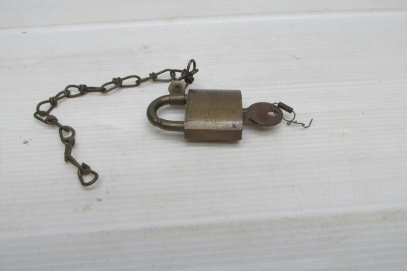 JUNKUNC Bros Brass American Set UsTwo Piece Padlock With Chain Attached  02565