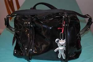Il tutto Nappy Bag - Patent Black Caringbah Sutherland Area Preview