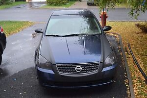 NISSAN ALTIMA 2.5SL BERLIN /LEATHER/SUNROOF/BOSE/CLEAN 3500$Nego