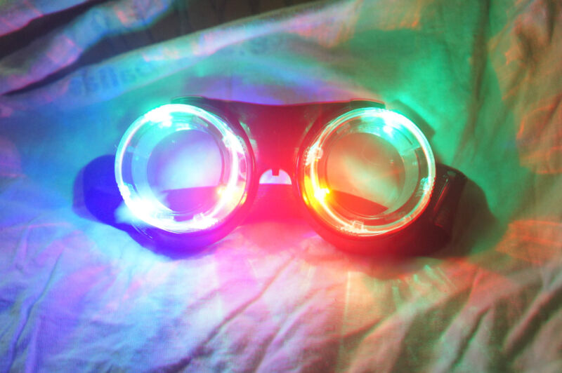 New Blinking Light Up LED Steampunk Style Rave Goggles Glasses 3 Modes Fast Ship
