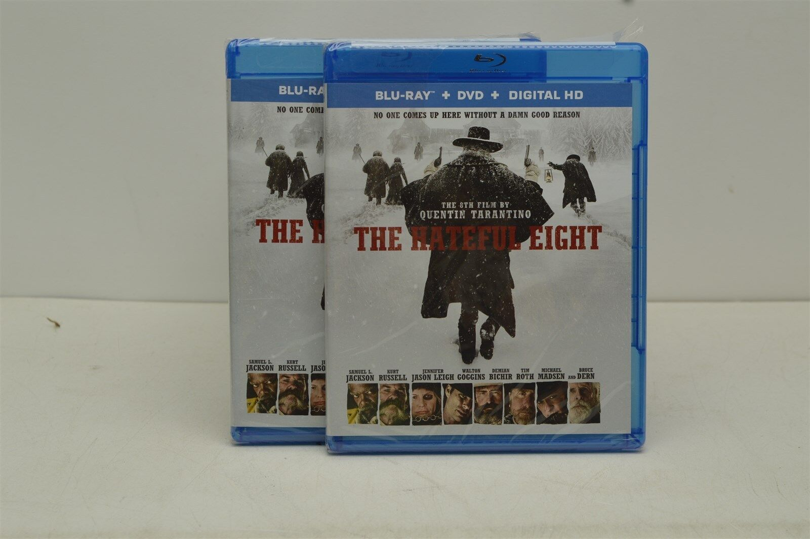 The Hateful Eight (Blu-ray/DVD, 2016, 2-Disc Set)