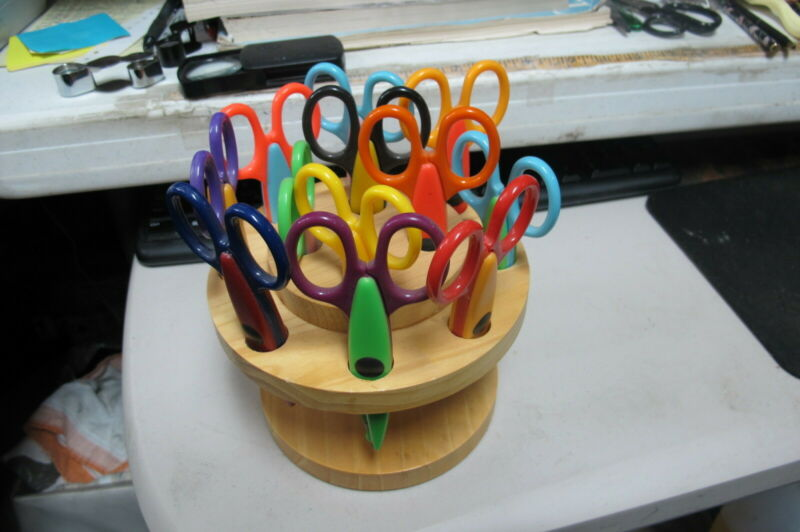 Craft Scissors Set of 13 Decorative Edged Designs Including Wooden Holder