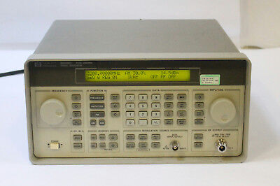 Hp Agilent 8648c Synthesized Signal Generator 9 Khz - 3200 Mhz
