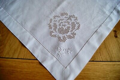 ANTIQUE VINTAGE LINEN TABLECLOTH TABLE TOPPER Punchwork Embroidered Mono #T23