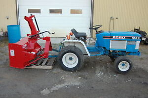 Tracteur compact Ford Newholland