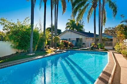 Furished Large Bedroom and Own Bathroom Close to the Beach & Pool Palm Beach Gold Coast South Preview