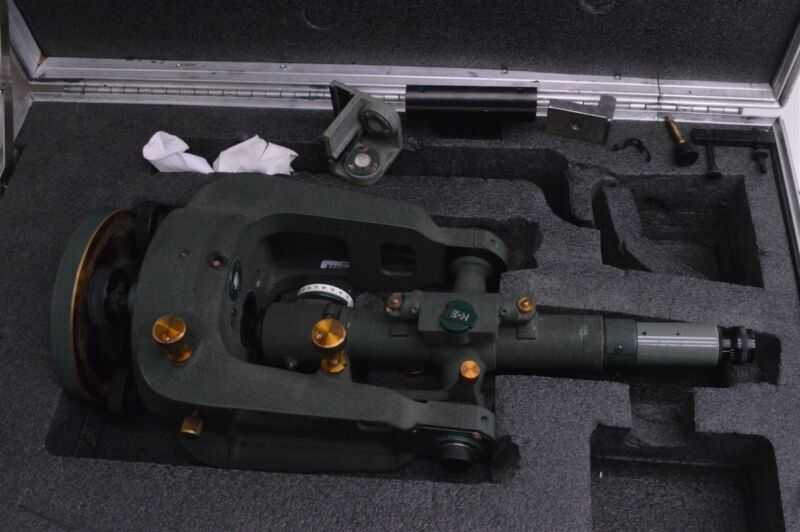 K+E Keuffel Esser alignment jig Transit scope 71-1010 with case
