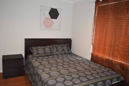 Furnished granny flat close to Macquarie Park Station!