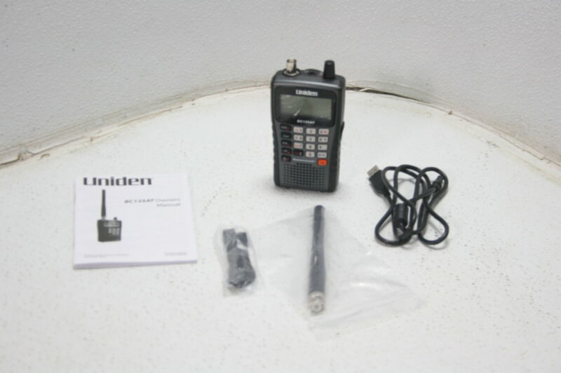 Uniden Bearcat BC125AT Digital Handheld Scanner 500 Alpha Tagged Channel Black