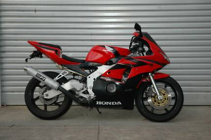 Honda CBR 250RR, 6 month warranty, Tyga kit, great condition